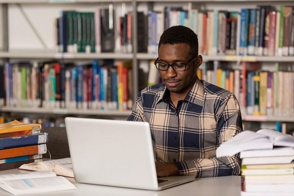 Laptop Bora Kwa Wanafunzi
