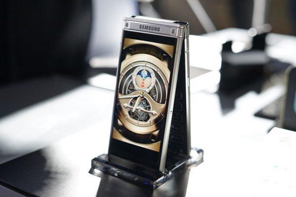 Samsung Yaja na W2018 Simu Mpya ya Kukunja Yenye Vioo Viwili