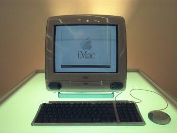 iMac ya Kwanza
