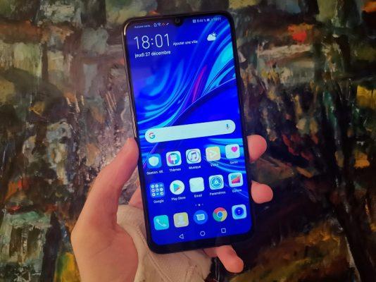 Sifa na bei ya Huawei P Smart (2019)