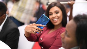Infinix na Tigo Yaleta Mapinduzi ya Selfie na Infinx S4 Yenye MP 32
