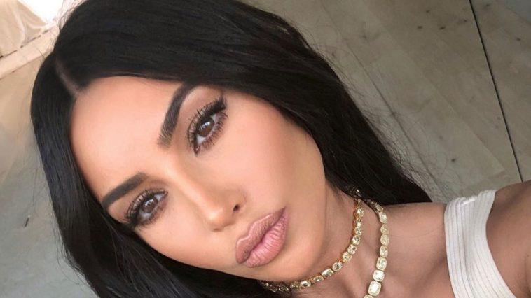 Kampuni Yalipa Tsh Bilioni 4.2 Kwa Kumtag Kim Kardashian Instagram