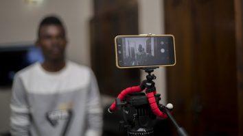 Jinsi ya Kurekodi Video Bora kwa Kutumia Smartphone