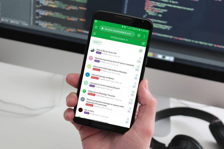 Jinsi ya Kutengeneza Forum kwa Kutumia Smartphone