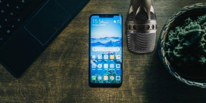 Jinsi ya Kutumia Smartphone Yako Kama Microphone